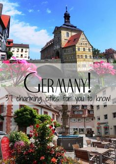 There are hundreds of incredible little towns with enchanted and romantic little streets, houses and alleys. Many medieval houses house charming restaurants and hotels.