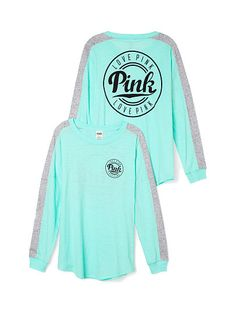 Victoria's secret PINK varsity shirt 🎀 Mint green with grey and black. Long sleeve Varsity shirt with the pink logo on the front and back. No trades or holds. Victoria Secret Outfits, Victoria Secret Rosa, Victoria Secrets, Pink Outfits, Winter Outfits, Casual Outfits, Cute Outfits, Vs Pink Outfit, Pink Nation