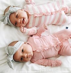 Taytum and oakley So Cute Baby, Baby Kind, Cute Baby Clothes, Cute Kids, Cute Babies, Cute Little Boys, Twin Baby Girls, Twin Babies, Little Babies