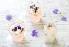 Never Get A Hangover Again By Starting The Party With These Pre-Drink Rituals (MindBodyGreen) Hangover Tips, Anti Hangover, Hangover Food, Hangover Remedies, Healthy Alcohol, Sugar Consumption, Start The Party, Antioxidant Vitamins, Healthy Food Choices