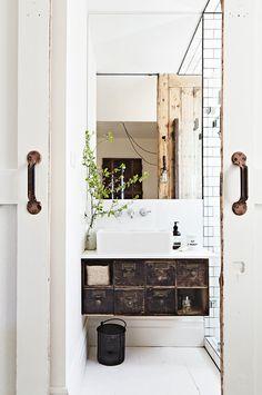 Badezimmer Renovieren, Waschraum, Badezimmer Waschtische, Badezimmer Möbel,  Waschbecken,