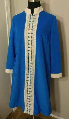 $13.60! Sears Best Perma-Prest 14 Blue Gown At Home night Wear Zip Front Fleece Vintage #Sears #Gowns