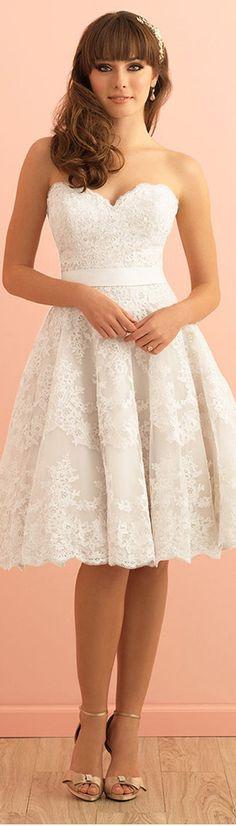 A-line Wedding Dresses :     Picture    Description  Sweet Tulle Sweetheart Neckline Knee-length A-line Wedding Dress With Lace Appliques    - #A-line https://weddinglande.com/dresses/a-line/best-a-line-wedding-dresses-sweet-tulle-sweetheart-neckline-knee-length-a-line-wedding-dress-with-lace-appli/