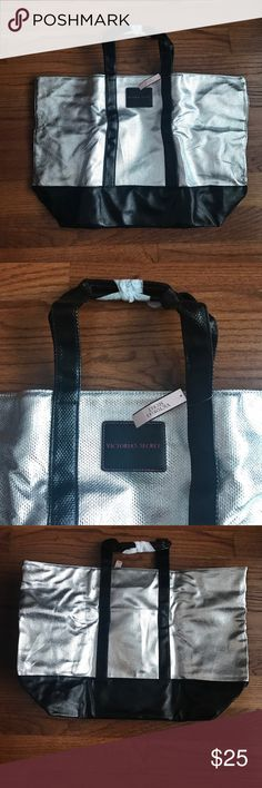 🌸Price Drop🌸Victoria's Secret Weekender Bag Brand new, this item cannot be bundled Victoria's Secret Bags Totes