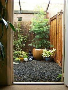 Small space garden creation. Asian Garden, Small Gardens, Outdoor Gardens, Zen Gardens, Wood Gardens, Meditation Garden, Meditation Corner, Japanese Garden Design, Japanese Patio Ideas