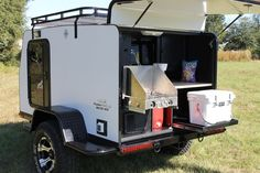 13 Fantastic Teardrop Camper Trailer Design Ideas For Nice Camping - camperlife Teardrop Trailer Plans, Teardrop Camper Trailer, Off Road Camper Trailer, Camper Trailers, Trailer Build, Travel Trailers, Small Camping Trailer, Jeep Camping, Expedition Trailer