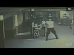 Security Guard Shoots Robbers in Melbourne Internet Cafe(Watch)