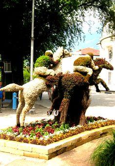 Bewegungsloses Pferderennen aus Blumenkunst