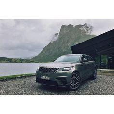 いいね!48件、コメント2件 ― Charlie B Roseさん(@charliebrose)のInstagramアカウント: 「What an incredible country. #Norway #RangeRover #Velar」