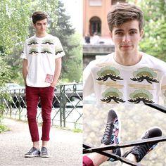 Burgundy Skinny Jeans, La Halle X Jeremy Ville Psychedelic Sneakers, Uniqlo Japanese Patterned T)Shirt