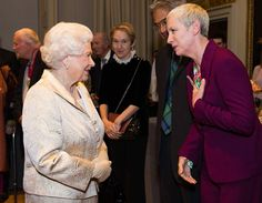 "Express Pictures on Twitter: ""Queen Elizabeth II greets Annie Lennox as they attend a reception and awards ceremony at Royal Academy of Arts"