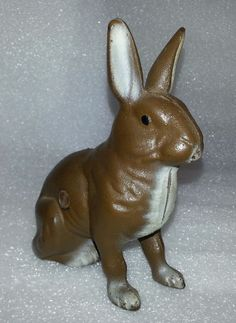 Cast Iron Sitting Seated Brown Bunny Rabbit Penny Coin Bank Still mold mark 6