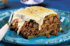 La Moussaka au porc haché, une autre façon de savourer le porc du Québec. Sauce Béchamel, Cheesesteak, Banana Bread, Beef, Ethnic Recipes, Desserts, Food, Eggplant, Cooking Recipes