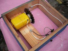 Assim como temos vários tamanhos de chaves de fenda, com as ferramentas elétricas deveria ser o mesmo. Pra que usar uma furadeira de 1/2 em...