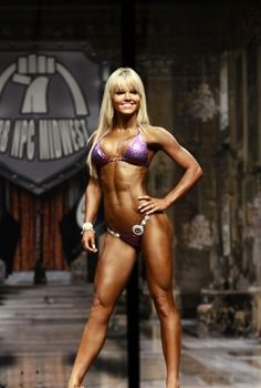 Justine Munro 1st Place at 2012 St.Louis Pro Bikini. Congratulations