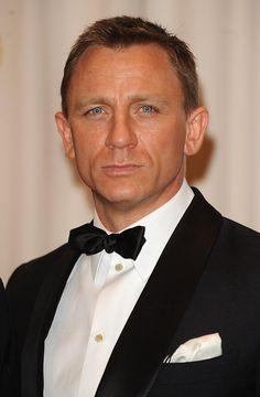 daniel craig   Daniel Craig As James Bond In Five More Instalments   Box Office India ...