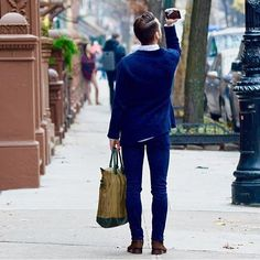 @menstyleguide and his O'Hare tote #newyork #spotted #menswear #oharetote #wantlesessentiels