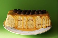 Mama's advocaat taart is de lekkerste advocaat taart. Deze taart werd al gemaakt door mij Oma, daarna mijn Mam en nu door mij en er komt gee...