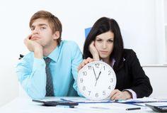 Les workaholics seraient-ils les couples les plus heureux? Toxic People, Your Life, Detox, College, Personal Branding, Couples, University, Couple, Self Branding