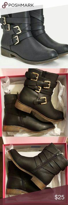 Just Fab Alivia Boots Black Sz 8 NEW Just Fab Alivia Boots Black Sz 8 NEW. Comes in box, never worn.  Retail $63! JustFab Shoes Combat & Moto Boots