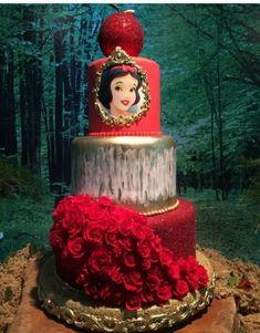 Pretty Picture of Princess Birthday Cake Princess Birthday Cake Princess Cake Couturecakesolga Cakes Cake Decorating Snow White Wedding, Snow White Cake, Disney Princess Birthday Party, Birthday Parties, Snow White Birthday, Cupcake Birthday Cake, White Cakes, Disney Cakes, Disney Princess Cakes