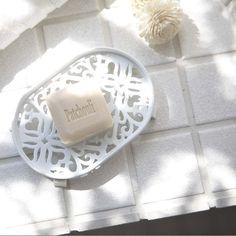 【愛麗絲生活家飾雜貨】~日本進口家居~典雅雕花肥皂架(白色)