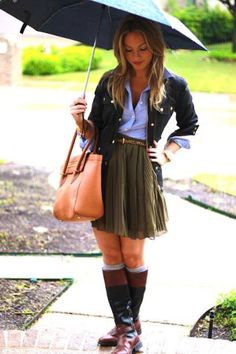 Love the two tone boots