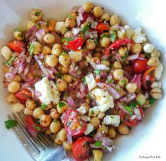 How To Make #Turkish Chickpea Salad