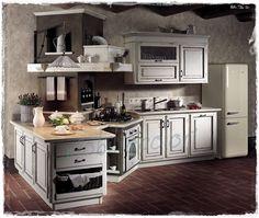 #Cucina country chic composizione con angolo bifacciale, realizzazione su misura