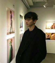 boy, ulzzang, and asian image Cute Asian Guys, Pretty Asian, Asian Boys, Asian Men, Beautiful Boys, Pretty Boys, Cute Boys, Beautiful People, Cute Korean Boys