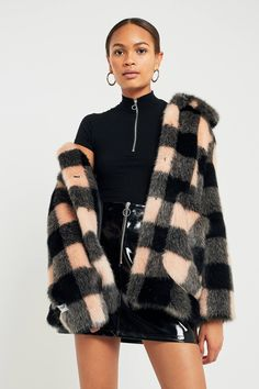 Jakke Tammy Pink Checked Faux Fur Jacket | Urban Outfitters | Women's | Coats & Jackets #UOEurope #UrbanOutfittersEU