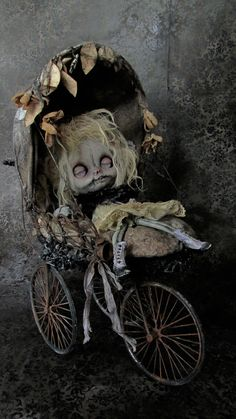 They're Babies Back From T. is listed (or ranked) 4 on the list 15 Stories About Faeries That Prove They're More Creepy Than Cute Mark Ryden, Art Sinistre, Creepy Baby Dolls, Living Dead Dolls, Marionette, Gothic Dolls, Halloween Doll, Arte Horror, Creepy Art