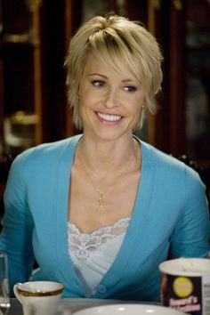 Picture: Josie Bissett in 'The Secret Life of the American Teenager.' Pic is in a photo gallery for Josie Bissett featuring 10 pictures. Short Sassy Hair, Short Hair With Layers, Short Hair Cuts For Women, Short Choppy Haircuts, Short Haircut Styles, Spring Hairstyles, Crown Hairstyles, Short Hairstyles, Short Blonde Bobs