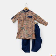 #Stylemylo #kidswear #kidsonlineshop #Onlineshopping #designerwear #indianwear #kidsfashion #kidsstyle #ethnickids #babiesclothes #persiankurta #minikin