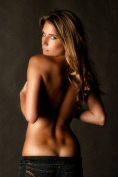 Light skin busty nude