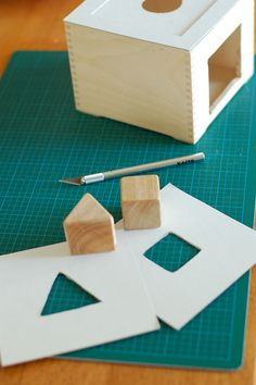 Making your own object permanence box