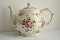 stafferdshire tea pot by rustandreliques on Etsy, ƸӜƷ✿ Pinned by Colette's Cottage ✿