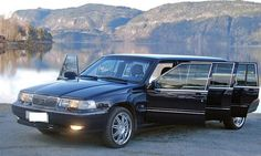 When it comes to hiring a limo, many people only think about weddings. The truth is that there are many special occasions to hire a limo. You don't have to wait for a wedding to hire a limo. Limo, Special Events, Things To Come, Entertainment, Entertaining