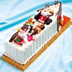 """フルーツケーキショートケーキ""""ハウス"""" 5,600円(28cm)"""
