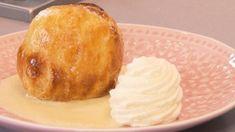 Appelbollen met vanillesaus en slagroom (36) Camembert Cheese, Pineapple, Pudding, Pie, Favorite Recipes, Fruit, Desserts, Food, Dutch