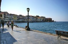 Crete, Cn Tower, Old Town, Venetian, Sidewalk, Building, Travel, Old City, Viajes