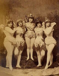 vintage photograph The chorus of fairies in the burlesque Ariel, Gaiety Theatre, London, 8 October 1883 Antique Photos, Vintage Pictures, Vintage Photographs, Old Pictures, Vintage Images, Old Photos, Victorian Pictures, Vintage Ads, Photo Vintage