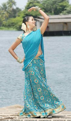 Bhavana Photos [HD]: Latest Images, Pictures, Stills of Bhavana - FilmiBeat Bhavana Menon, Bhavana Actress, Recent Movies, Cinema Actress, Beautiful Bollywood Actress, Telugu Cinema, Latest Images, Half Saree, Indian Beauty Saree