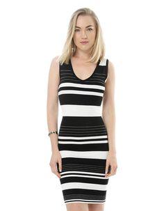 Vestidos Listras !! #vestido #listrado #pretoebranco #look #comousar #vestidocanelado #elegante #casual #chic
