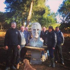 This is typical of Belvoir. A Bust of the Duke of Wellington has been discovered and appropriately moved to the restored Dukes Walk and placed beneath a Wellingtonia tree. This is family Belvoir moving it! Danny (carpenter) Paul (builder) Vendo (butler) Dave (forester) Monty (Labrador) and Emma, The Duchess of Rutland (boss)! #history #dukeofwellington #walk #walks #castle #countryside #fav #instagood #woods #visit #dogwalk #gardens #belvoirbounty #sun #opengardens #woodland #wildlife…
