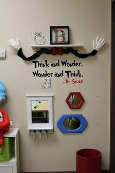 Tangled with Teaching: Dr. Seuss Classroom Theme PHOTOS FiNaLly!