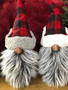 Updated with cream hat liner! The Minnesota woodsman Paul Bunyan PB is a 13 inch gnome, nisse, tomte ready for a wilderness adventure!This The Minnesota woodsman Paul Bunyan PB is a 13 is just one of the custom, handmade pieces you'll find in our fig Christmas Gnome, Christmas Projects, Winter Christmas, Christmas Apps, Navidad Diy, Scandinavian Christmas, Craft Fairs, Holiday Crafts, Summer Crafts
