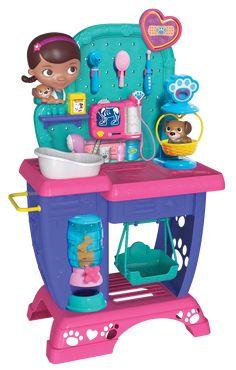 Disney Doc McStuffins Pet Vet Checkup Center by Disney Toy Cars For Kids, Toys For Girls, Kids Toys, Little Girl Toys, Baby Girl Toys, Doc Mcstuffins Toys, Best Christmas Toys, Princess Toys, Princess Sofia