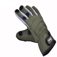 Slip Waterproof Sport Gloves 2016 Breathable full warmth wear-resistant Fishing Gloves New Thicken Outdoor Gloves Fishing Uk, Deep Sea Fishing, Fishing Girls, Fishing Life, Sport Fishing, Kayak Fishing, Fishing Boats, Fishing Gloves, Offshore Fishing
