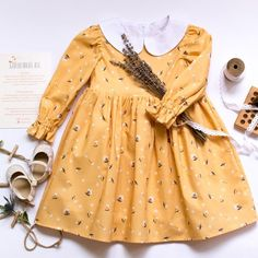 Items similar to Fall Yellow Baby Dress With Long Sleeve And White Peter Pan Collar, Toddler Floral Dress With Long Sleeve And White Collar on Etsy - Babykleidung Vintage Baby Dresses, Vintage Baby Clothes, Baby Girl Dresses, Baby Girl Fashion, Fashion Kids, Swag Fashion, Baby Girl Thanksgiving Outfit, Peter Pan, Baby Girl Items